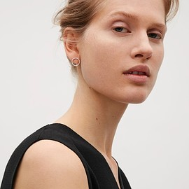 COS - Circular stud earrings