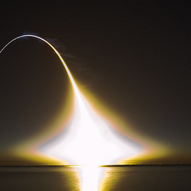 dgmiami - Space Shuttle Discovery Launch STS131 Long Exposure