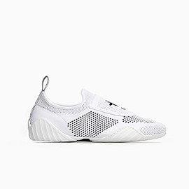 Christian Dior - SS2018 TRAINER IN WHITE TECHNICAL KNIT SNEAKER