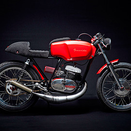 Freeride Motos Racing - Montesa Cota 247 cafe racer