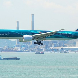 Cathay Pacific - Cathay Pacific Boeing B777-300ER