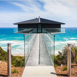 Australia - THE POLE HOUSE