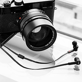 Master & Dynamic, Leica - ME05 for 0.95 - Black/Black