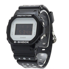 G-SHOCKxMEDICOM TOY - DW-5600MT-1JR