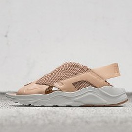 NIKE - Air Huarache Ultra Sandal
