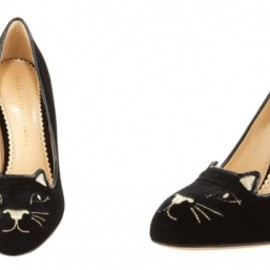 Charlotte Olympia - Cat-Face Velvet Pump