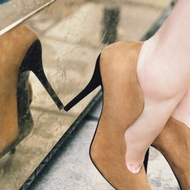 & other stories - Suede wave pump
