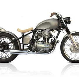 Make - Deus - Sacred Cow - Base Model Kawasaki W650