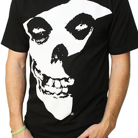 Famous - FAMOUS STARS AND STRAPS MISFITS BADGE MENS TEE