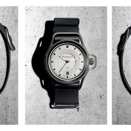 GIVENCHY by Riccardo Tisci - seventeen watch