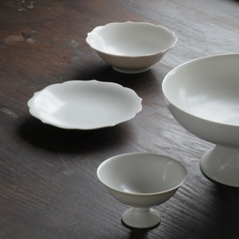 "Oji Masanori - Jicon (磁今; a combination of the character for ""porcelain"" and ""now"" )"