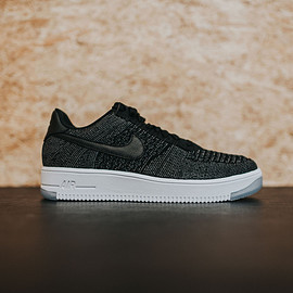 NIKE - Air Force 1 Ultra Flyknit Low - Black/Dark Grey/White