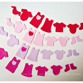 Luulla - Little children clothes felt pieces (9)