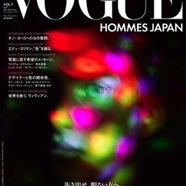 Conde Nast Japan - VOGUE HOMME JAPAN 2011AW Issue
