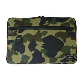 PORTER×A BATHING APE - 11インチ MacBook Air スリーブ (GR CAMO)