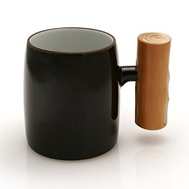 TORTOISE GENERAL STORE - Mug with Wooden Handle