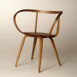 Vitra - miniature pretzel chair / George Nelson