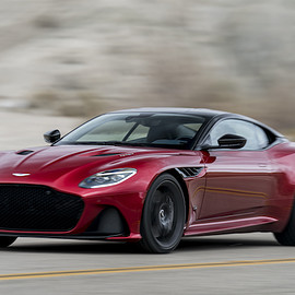 Aston Martin - DBS Superleggera