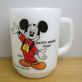 Fire King - disney Mickey Mouse Today mug cup