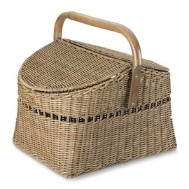 BASKET WITH HANDLE