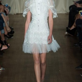 marchesa - Spring 2015 Ready-to-Wear Marchesa Model Niina Ratsep (IMG)