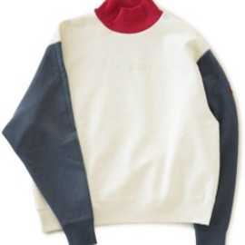 C.E - Turtle Neck Sweat (light beige)