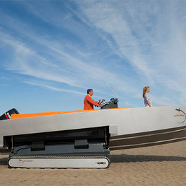 Fritsch & Durisotti for Iguana Yachts - Iguana 29, Boat, can get in and out of the water