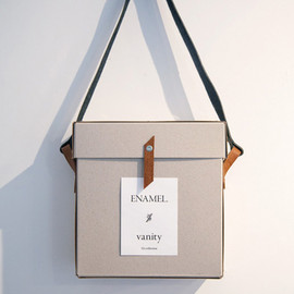 enamel. - 12th vanity bag