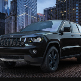 JEEP - Jeep Cherokee Altitude 2012, black grille with chrome mesh