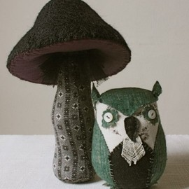 Ann Wood - quilt owl and toadstool