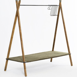Stephen Kenn - Clothing Rack