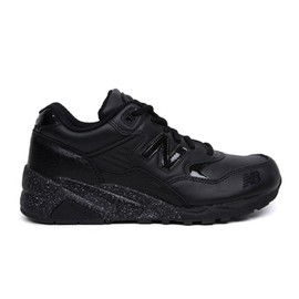 New Balance - MT580 - Black/Black