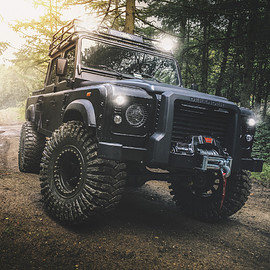 Chelsea Truck Company, Land Rover - Defender - Bigfoot