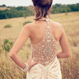 wedding - the back detailing in this 1930s Inspired