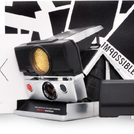 IMPOSSIBLE - SX-70 SONAR Mint Flash Kit (Silver)