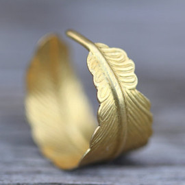 ArtisanTree - Feather Ring by ArtisanTree