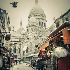 Montmartre - PARIS MONTMARTRE by Guy Langrola