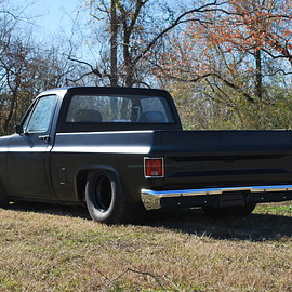 CHEVROLET - C10 MAT PAINTED
