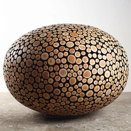 Jaehyo Lee - transitions, 2012, metal and chopped wood