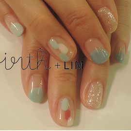 virth+LIM - hand nail 3色の水色