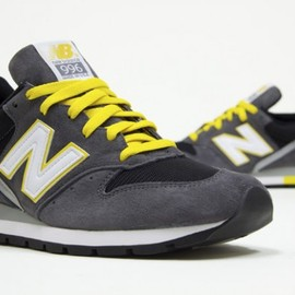 New Balance - new-balance-996-charcoal-yellow