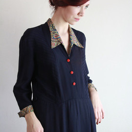 vintage - Vintage 40s Dress . Navy Gown . Floral Accents . Shirtwaist . 1940s