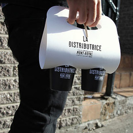 LA DISTRIBUTRICE - La Distributrice 7 The smallest coffee shop in North America