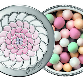 "Guerlain - Meteorites Perles ""Light is in the Air"""