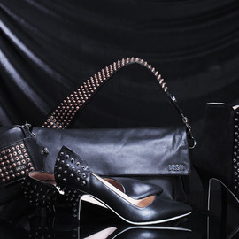 DIESEL - Atomic Blondie, ROCKING THE WORLD OF ACCESSORIES