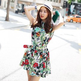 LUXE ASIAN - Luxe Asian Korean Women Fashion Tropical Holter Green Dress