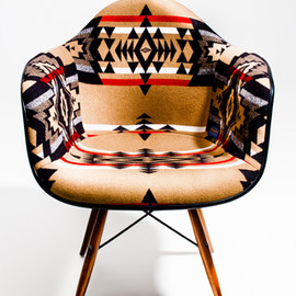 Herman Miller - Eames Arm Shell Chair with Pendleton Fabric (MADE BY SEVEN -REUSE-)