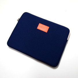 MARC BY MARC JACOBS - Neoplane Laptop Case