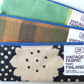 LIFE AND BOOKS - VINTAGE FABRIC ペンケース