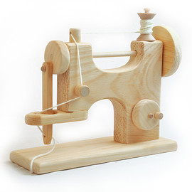 Bella Luna Toys - Wooden Toy Sewing Machine